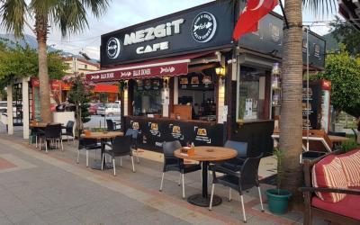 Mezgit Cafe Fethiye Balık ekmek (1)